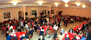 The New Year and Christmas party was attended by 200 elderly.The New Year and Christmas party was attended by 200 elderly.