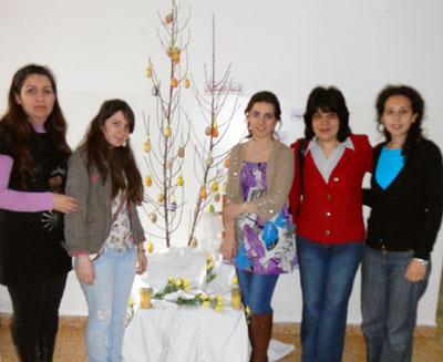 The group visited the Armenian patients of the hospital to celebrate Easter.